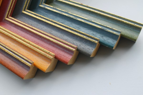 Holzbilderrahmen Karlsruhe in vielen Farben