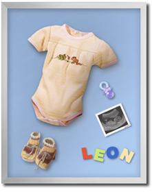 Objektrahmung mit Babysachen
